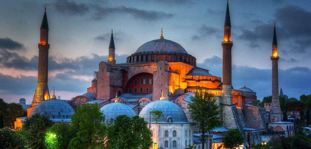 Το τουρκικό κόμμα HDP (συνομιλητής του ΣΥΡΙΖΑ), ήταν αντίθετο στην μετατροπής της Αγιάς Σοφιάς σε τζαμί. Η ΝΔ με ποιους συνομιλεί; Τι λένε; 